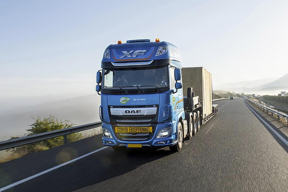 ¿Es necesario Bachillerato o FP para conducir un camión?