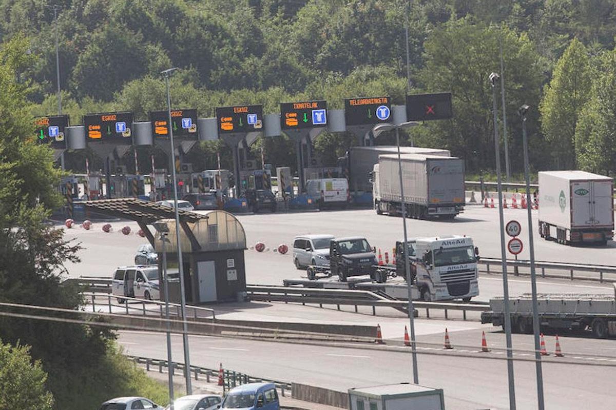 La DGT aconseja evitar cruzar la frontera