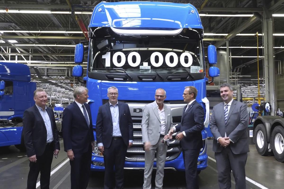 ¡100.000 camiones de la nueva generación de camiones CF y XF!